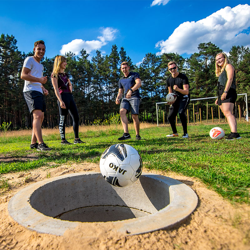 Fussballgolf-Kolpin-Fussballgolf-Bubblefussball-Fussball-Billard-Erlebnispark-Ausflugsziel-Brandenburg